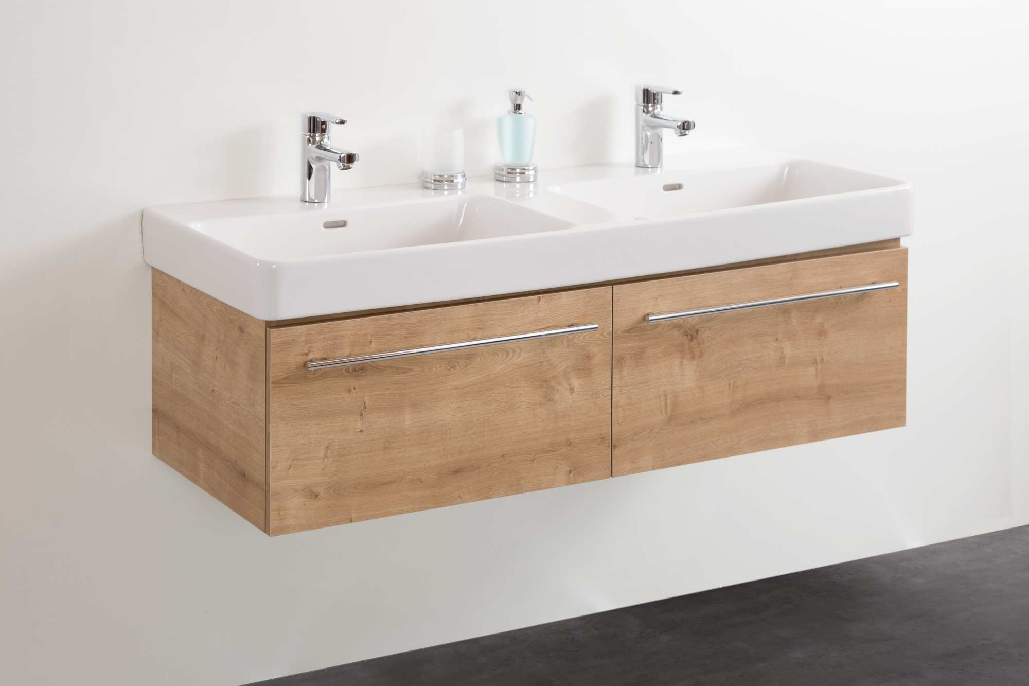 badm bel von froidevaux f r keramikwaschtische connect uno. Black Bedroom Furniture Sets. Home Design Ideas